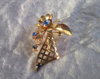 Vintage Gold Tone & Blue Rhinestone Flower Brooch