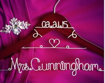 Custom Wedding Hanger with Heart and date, Bridal Hanger with Date, Personalized Custom Bridal Hanger, Brides Hanger, Name Hanger