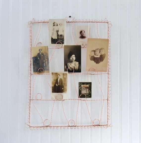 vintage wire card or photo holder wall hanging display in