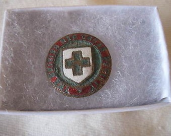 The British Red Cross Society Button / Pin Vintage Collectible CL7-22