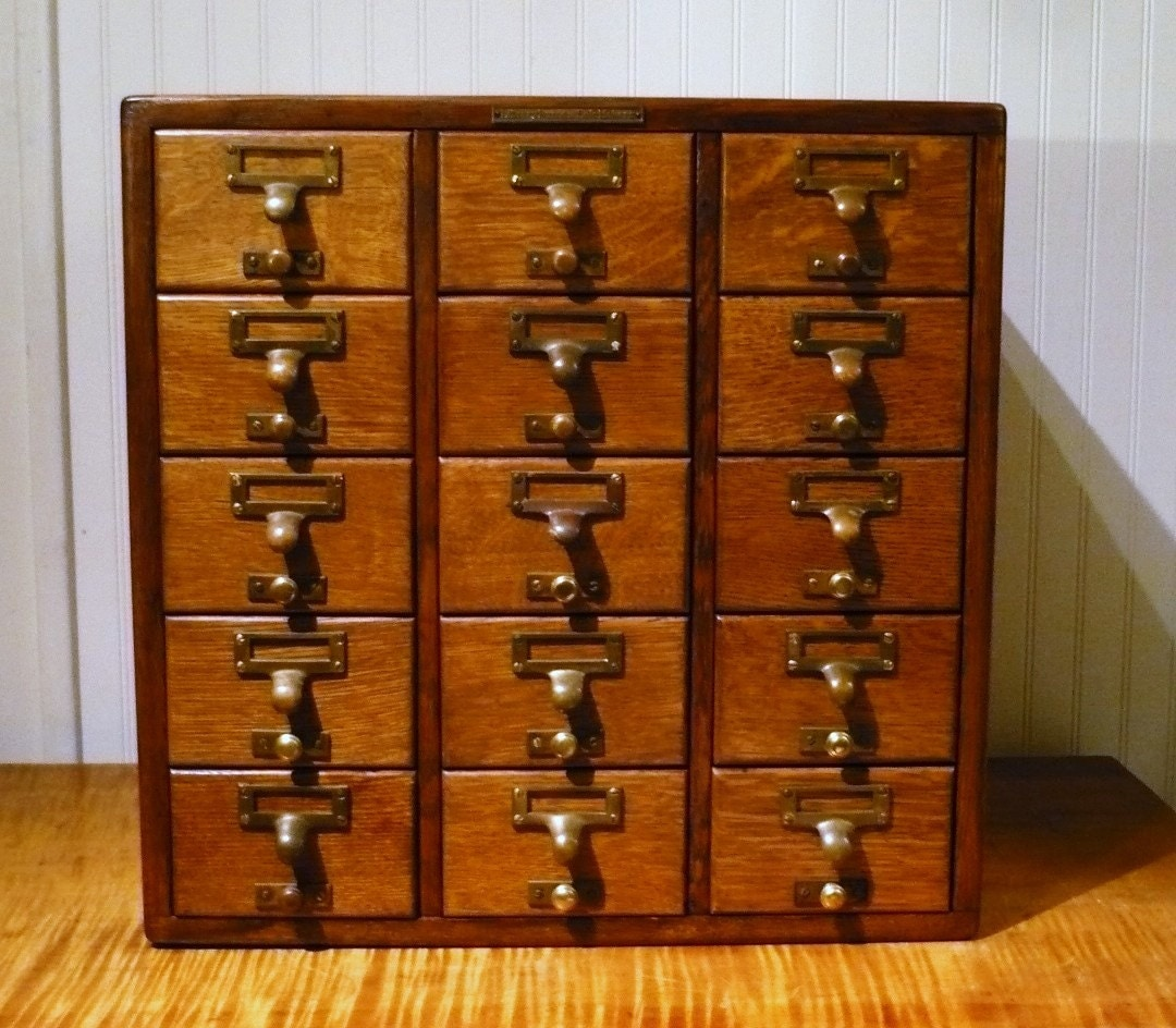 Antique oak 15 drawer library bureau sole makers card for Catalogue bureau