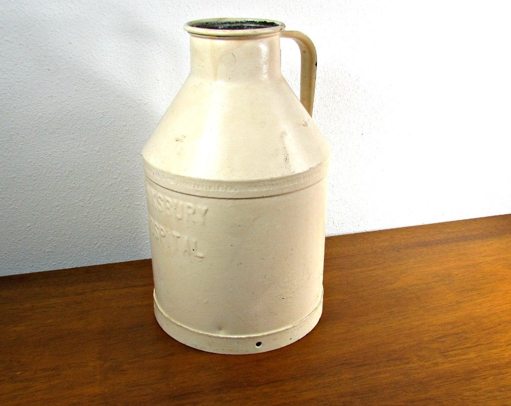10 Qt Metal Milk Jug Tewksbury Hospital Rare