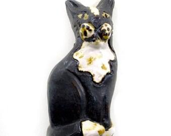 Cat Animal Magnet by Zoo Ceramics Novelty Pottery Ceramic Gift