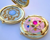 Sailor Moon Crystal Star Compact Brooch Locket Fully Functional CosPlay Doll Prop