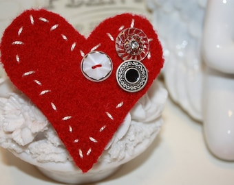 Large Red Felted Wool Heart Valentine Pin or Brooch hand stitched with Vintage Buttons