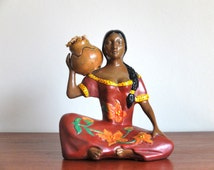 Vintage Mexican woman statue - girl with jar - Ceramic Meximo