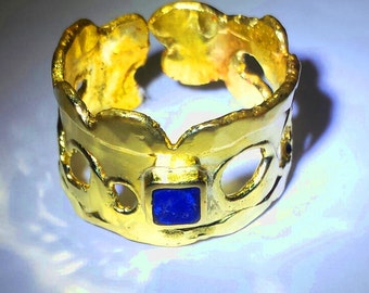 Brass ring with square stone of glass paste