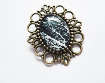 Brooch black white Glass Metall