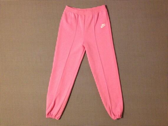pink nike sweatsuit