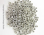 200pcs 1.5mm-Hole Round Small Spacer Beads Silver Plated (F1687)
