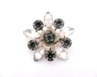 Vintage Flower Brooch, 1960's Rhinestone Flower Brooch, Gray Flower Brooch, Pin, 1960's Brooch, Jewelry