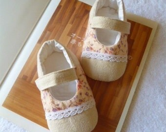 Floral Printed Toddler Shoes