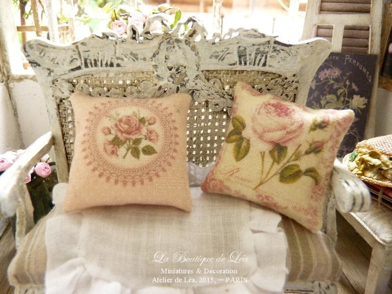 Two shabby style romantic pink cushions french chic boudoir - Maison romantique shabby style ...