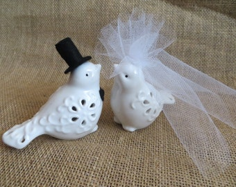 Pretty Wedding Bird Cake Topper, Ceramic Bird Cake Topper, Love bird Wedding Cake Topper, Wedding Bird Topper, Wedding Cake Topper