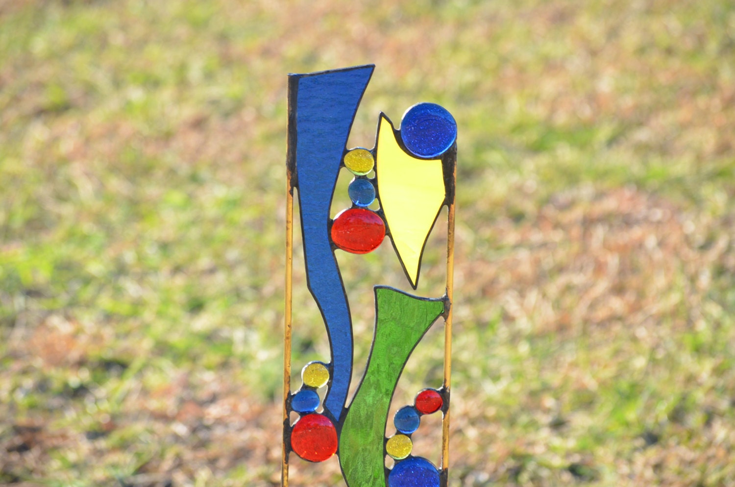 Stained glass garden sculpture whimsical yard art garden for Whimsical garden statues