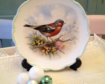 Royal Albert Woodland Birds Collectors Plate 1982. Chaffinch by Reginald Johnson.