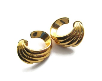 Vintage Monet Gold Tone Ribbed  Earrings for Pierced  Ears