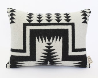 Geometric Wool Pillow // Mesa White with Black / P11-01