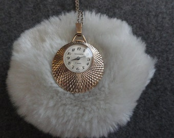 Made in USSR - Wind Up Sekonda 17 Jewels Necklace Pendant Watch