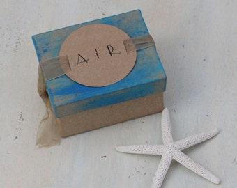 custom gift box, wedding custom favor box, wedding bridesmaid gift box, engagement gift box, beach wedding gift box