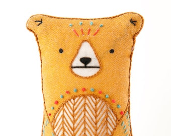 Bear - Embroidery Kit