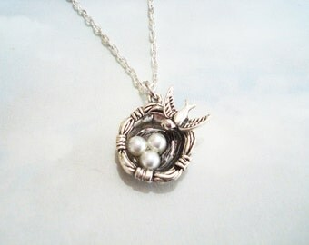 Mothers Day necklace - mother bird with 3 eggs in a nest necklace - choice of chains