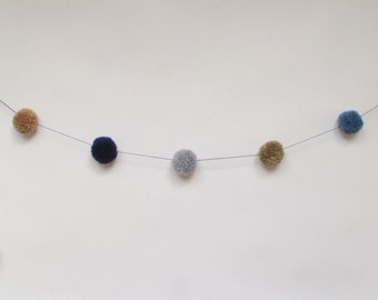 SALE! Pom Pom garland /blues/neutral mix