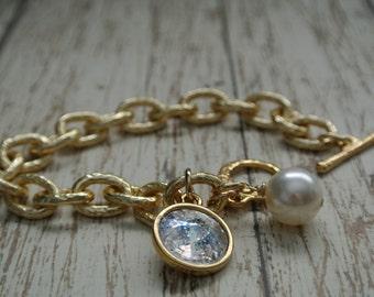 Chunky Hammered Gold Chain Bracelet with a Swarovski Crystal Pantina Charm and Swarovski Pearl.
