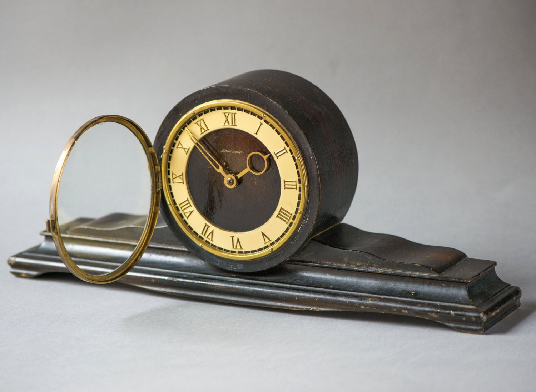 Mid Century Wooden Mantel Clock Fireplace Mantel Clock