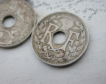 20pcs French coins vintage 1930s large hold collectible art deco period coins vintage jewelry charm donut shape round beads for bracelet