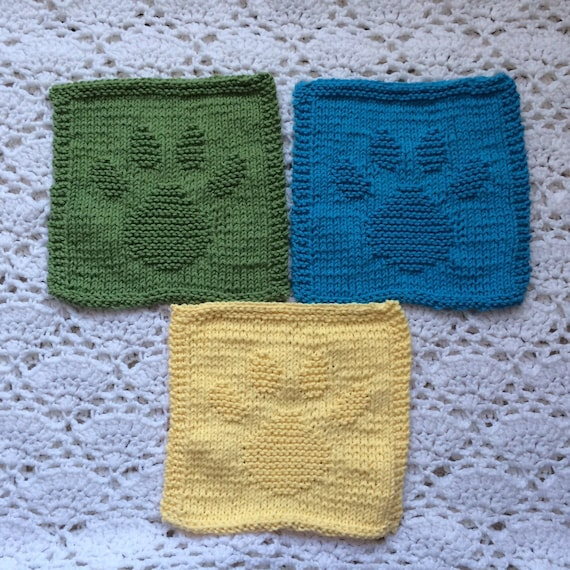 Dog Paw Knitting Pattern : Knit Dishcloths Set Paws by DogLeashCreations on Etsy