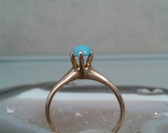Persian Turquoise gold ring.