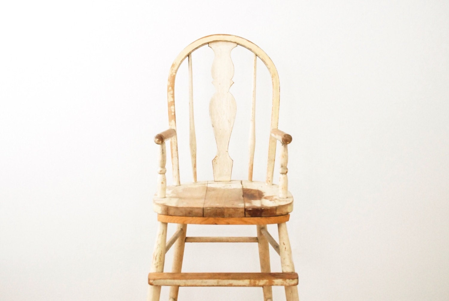 High chair antique high chair baby chair distressed chippy for Antique high chairs