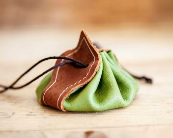 MEDIEVAL LEATHER PURSE // Green leather coin wallet // Mens coin purse wallet // Small Leather coin bag // Leather change purse