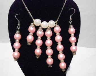handmade set of earrings and necklace white & pink