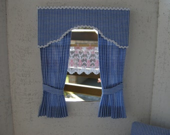 Curtain with valance scale 1/12 , color and fantasy of your choice, also made to order in a week.