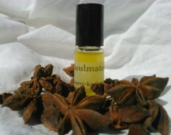 Conman fragrance, for use with white suits (chamomile, blueberry, muguet)