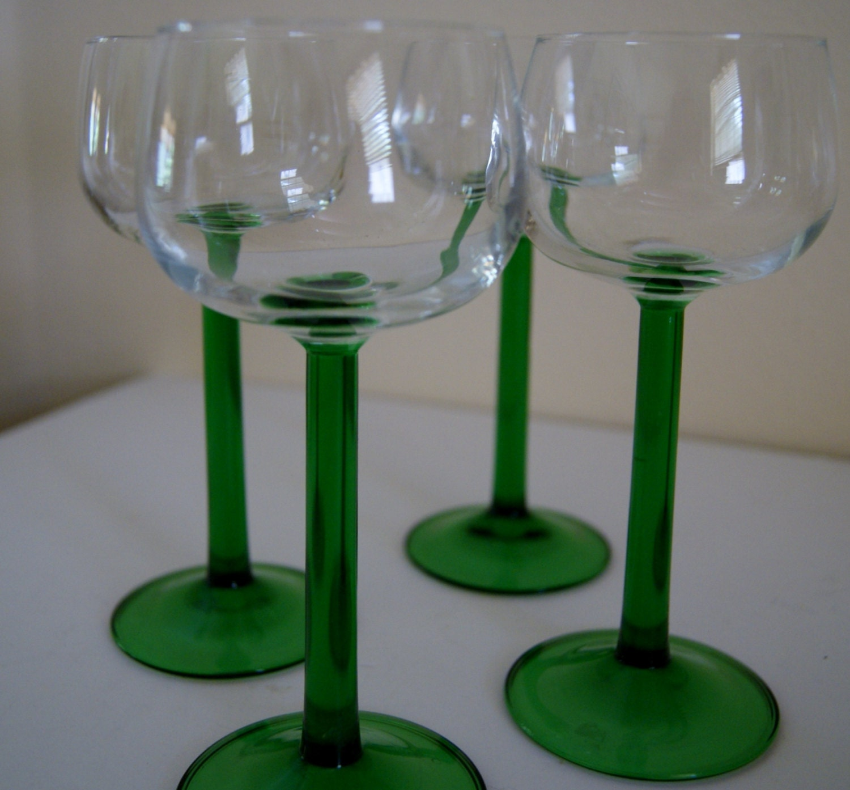 set of 4 jg durand luminarc cristal d 39 arques green stem. Black Bedroom Furniture Sets. Home Design Ideas