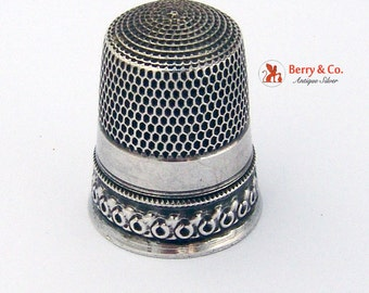Vintage Thimble Sterling Silver 1940