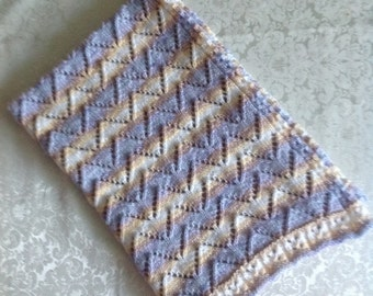 Delicate Baby Blanket knitted in James  Brett MagiKnit