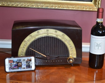 Vintage iPhone ready Bluetooth 1940's  Westinghouse AM FM Tube Radio Bakelite Beauty Stream Music Apps AM Tubes and Streaming both working.