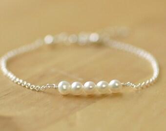 Freshwater pearl bracelet bridesmaid bracelet, delicate bracelet, bridesmaid jewellery - Beth