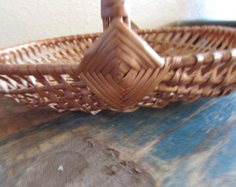 Woodland / Rustic Flower girl basket natural color can paint and add ribbon your choice