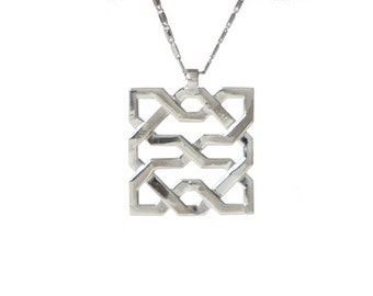 Alhambra Pendant - Islamic Filigree