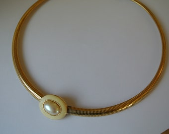 1980s Monet Necklace Gold Tone Faux Pearl Pendant Chocker Classy Chic Cocktail Costume Jewelry