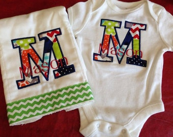 Personalized baby gift! Onesie with appliqued name & matching burp cloth