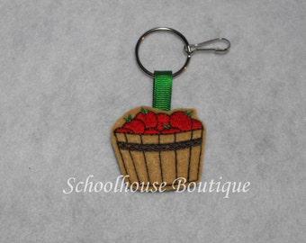 Basket of Apples Felt Zipper Pull, Felt Keychain Fob, Felt Key Ring, Felt Key Fob, Purse Accessory, Luggage Tag