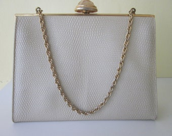 Cream-Colored Handbag with Gold Tone Chain Handle. MM (Morris Moscowitz), Rigid, 1960's. Reptile Finish