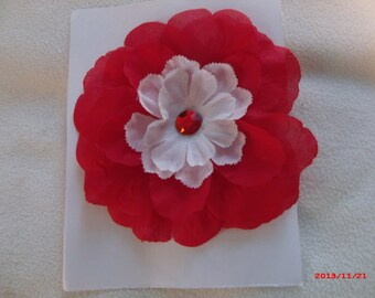 Red & White Jewel Flower Pin