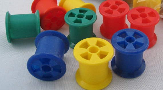 8 plastic spools bird toy parts crafts or education toys for Large plastic rings for crafts
